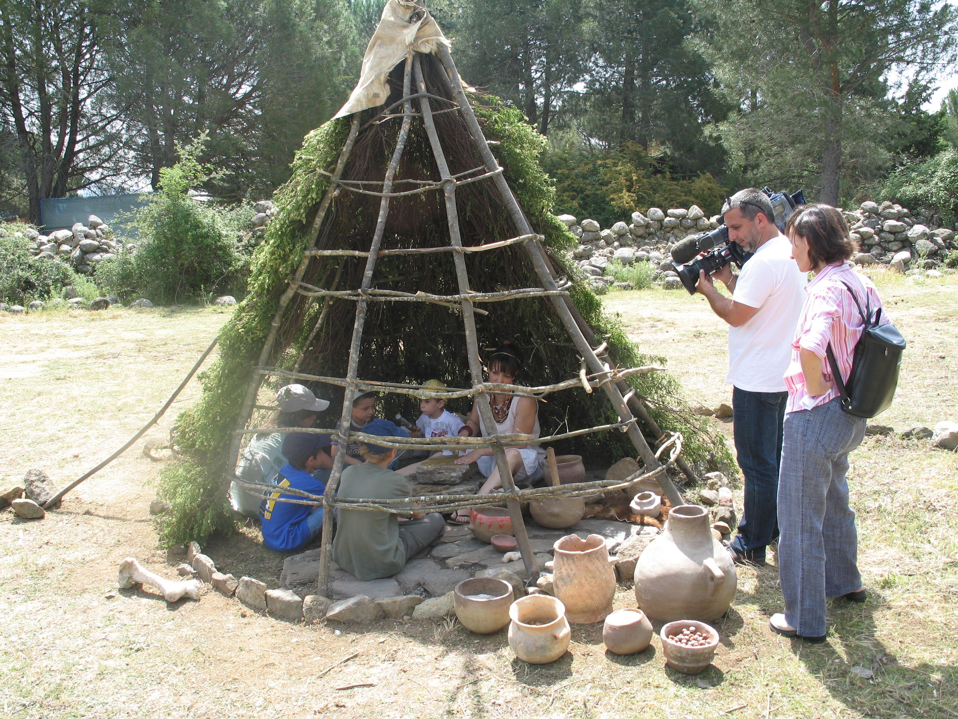 réalisation de poteries avec les enfants
